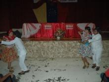 Con alegria y baile cultural se dio inicio al Acto de Entrega de Certificados a los Consejos Comunales del Municipio Democracia